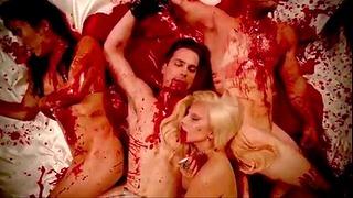 Female Gaga & Matt Bommer Blood Groupsex American Horror Story Motel