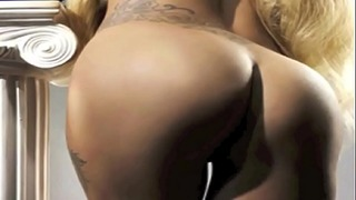 Woman Gaga Uncensored: Http://ow.ly/sqhxi